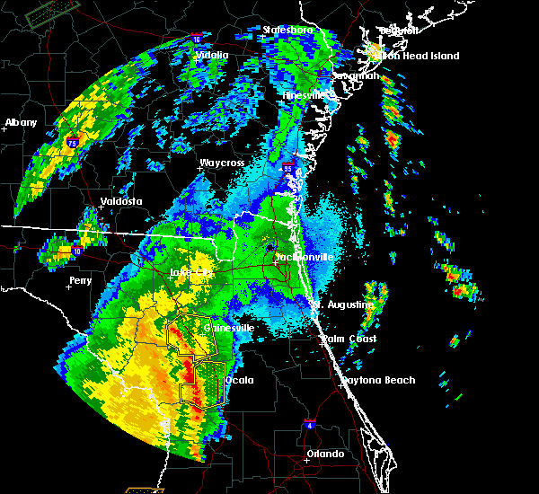 Radar Image for Severe Thunderstorms near Gainesville, FL at 4/30/2020 1:40 AM EDT