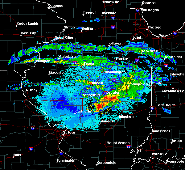 Radar Image for Severe Thunderstorms near Findlay, IL at 5/2/2020 10:29 PM CDT