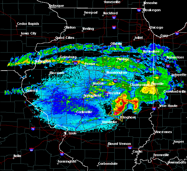 Radar Image for Severe Thunderstorms near Sigel, IL at 5/2/2020 11:05 PM CDT
