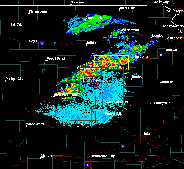 Radar Image for Severe Thunderstorms near Kingman, KS at 5/3/2020 6:02 AM CDT