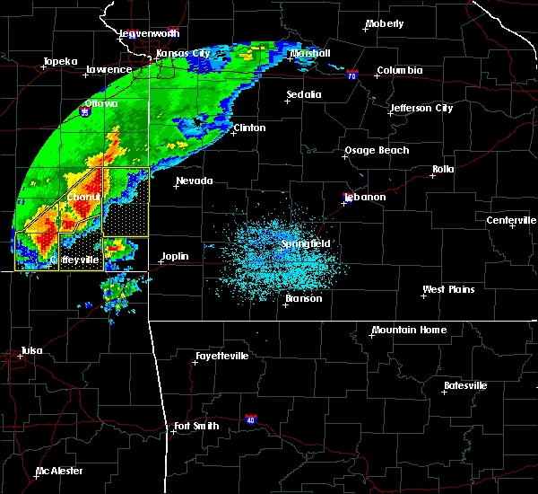 Radar Image for Severe Thunderstorms near Burgess, MO at 5/3/2020 8:33 AM CDT