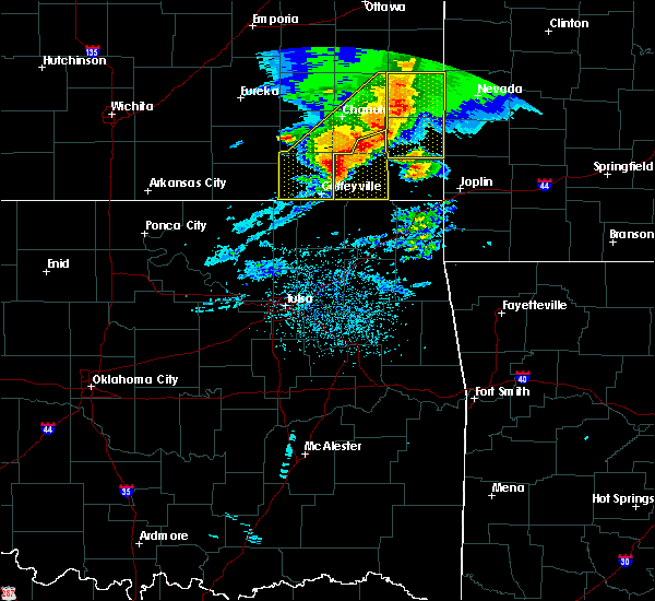Radar Image for Severe Thunderstorms near Baxter Springs, KS at 5/3/2020 8:48 AM CDT