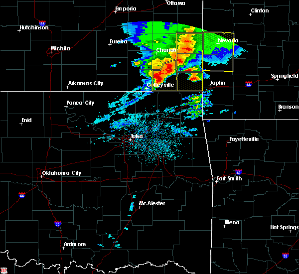 Radar Image for Severe Thunderstorms near St. Paul, KS at 5/3/2020 8:56 AM CDT