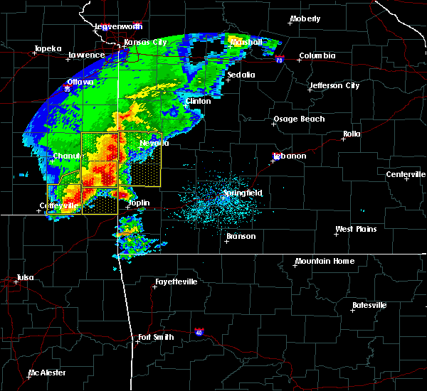 Radar Image for Severe Thunderstorms near La Russell, MO at 5/3/2020 9:06 AM CDT