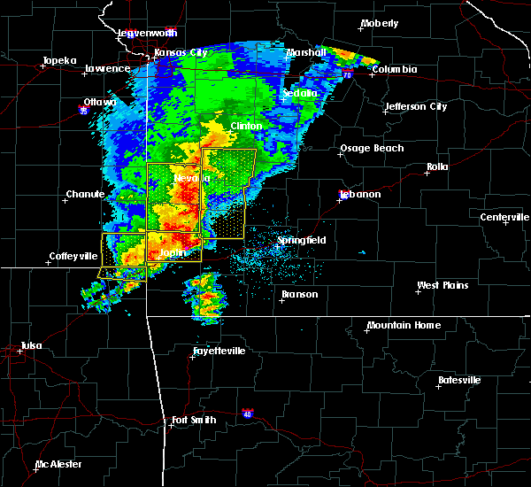 Radar Image for Severe Thunderstorms near La Russell, MO at 5/3/2020 9:43 AM CDT