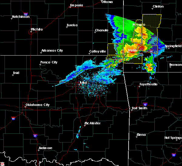 Radar Image for Severe Thunderstorms near Baxter Springs, KS at 5/3/2020 9:49 AM CDT
