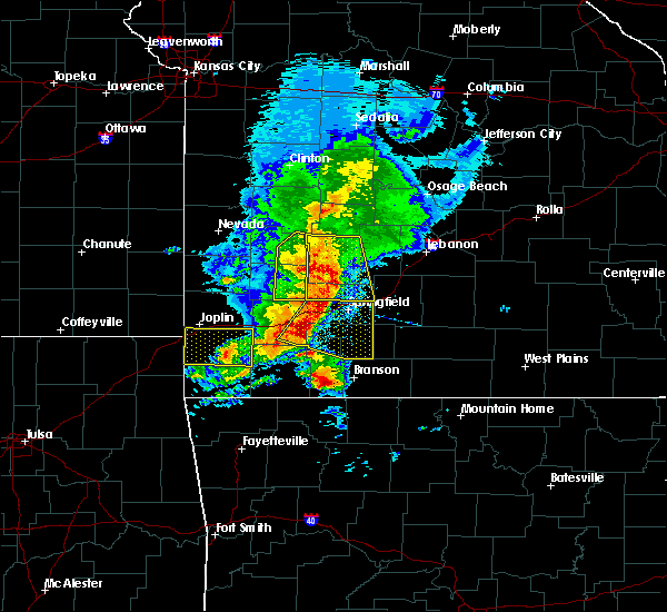 Radar Image for Severe Thunderstorms near Kimberling City, MO at 5/3/2020 10:24 AM CDT