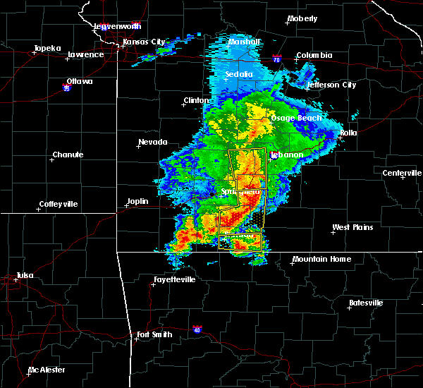 Radar Image for Severe Thunderstorms near Kimberling City, MO at 5/3/2020 11:00 AM CDT
