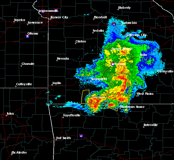Radar Image for Severe Thunderstorms near Bakersfield, MO at 5/3/2020 11:33 AM CDT