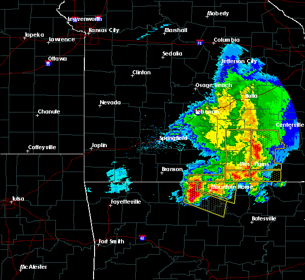 Radar Image for Severe Thunderstorms near Mountain Home, AR at 5/3/2020 12:16 PM CDT