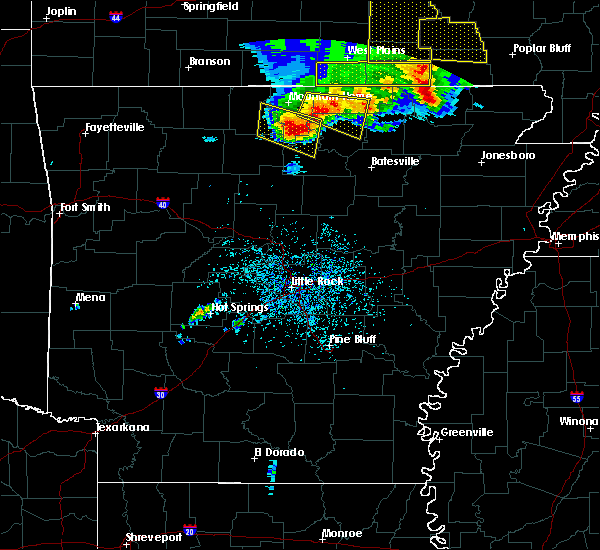 Radar Image for Severe Thunderstorms near Briarcliff, AR at 5/3/2020 12:38 PM CDT