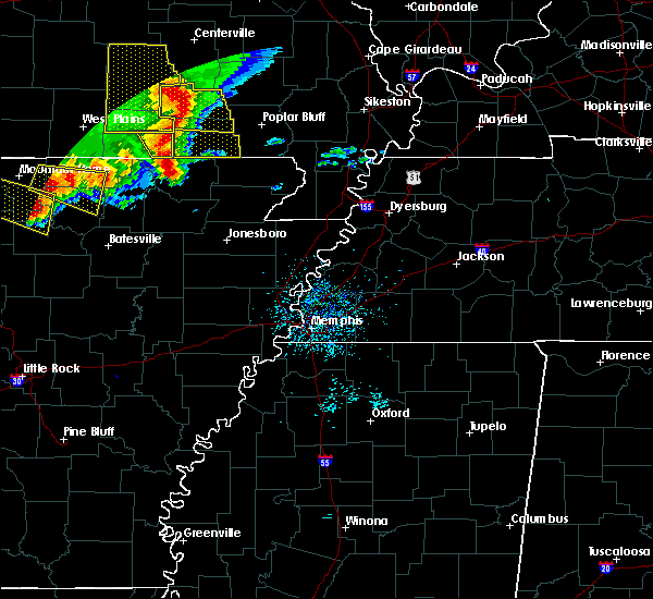 Radar Image for Severe Thunderstorms near Fairdealing, MO at 5/3/2020 12:43 PM CDT