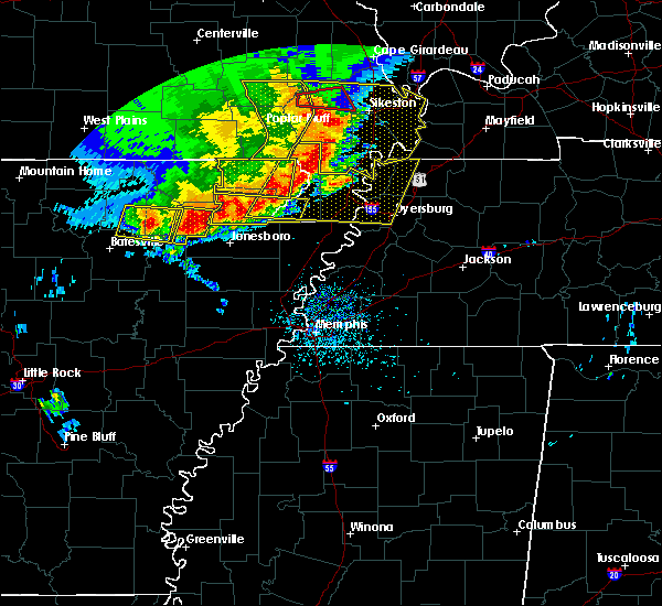 Radar Image for Severe Thunderstorms near Blytheville, AR at 5/3/2020 1:46 PM CDT