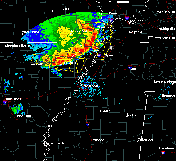 Radar Image for Severe Thunderstorms near Blytheville, AR at 5/3/2020 1:59 PM CDT
