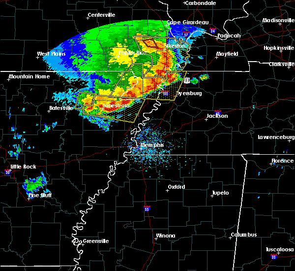 Radar Image for Severe Thunderstorms near Blytheville, AR at 5/3/2020 2:12 PM CDT