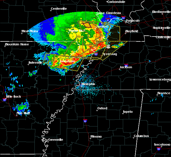 Radar Image for Severe Thunderstorms near Blytheville, AR at 5/3/2020 2:18 PM CDT