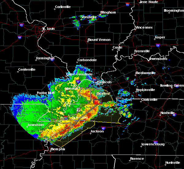 Radar Image for Severe Thunderstorms near Wingo, KY at 5/3/2020 2:59 PM CDT