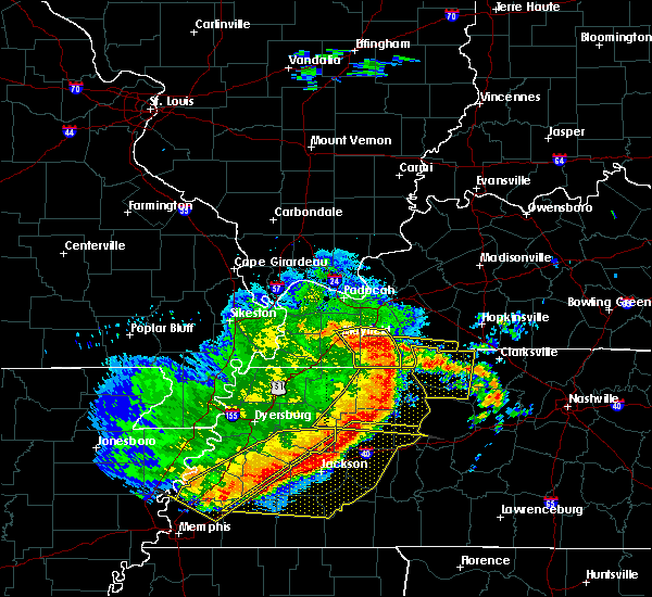 Radar Image for Severe Thunderstorms near Hazel, KY at 5/3/2020 3:23 PM CDT