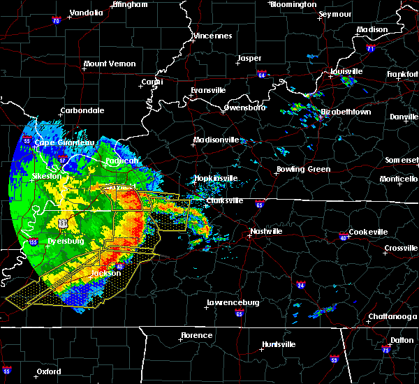 Radar Image for Severe Thunderstorms near Waverly, TN at 5/3/2020 3:25 PM CDT