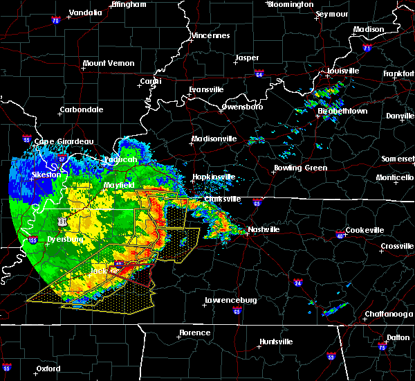Radar Image for Severe Thunderstorms near Scotts Hill, TN at 5/3/2020 3:38 PM CDT