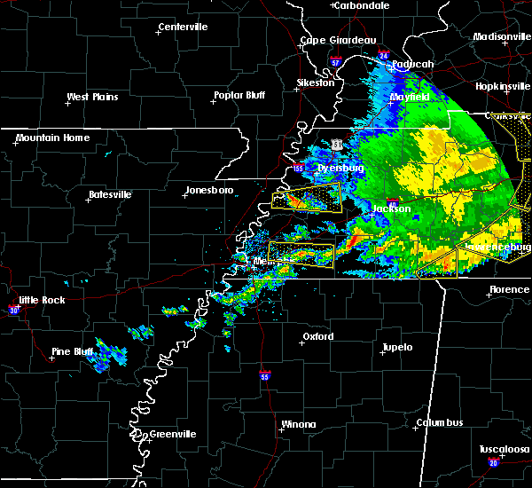 Radar Image for Severe Thunderstorms near Somerville, TN at 5/3/2020 4:28 PM CDT