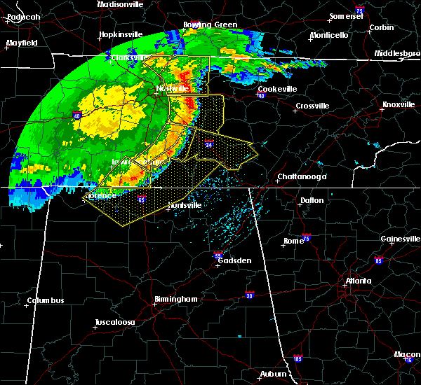 Radar Image for Severe Thunderstorms near Tullahoma, TN at 5/3/2020 5:09 PM CDT
