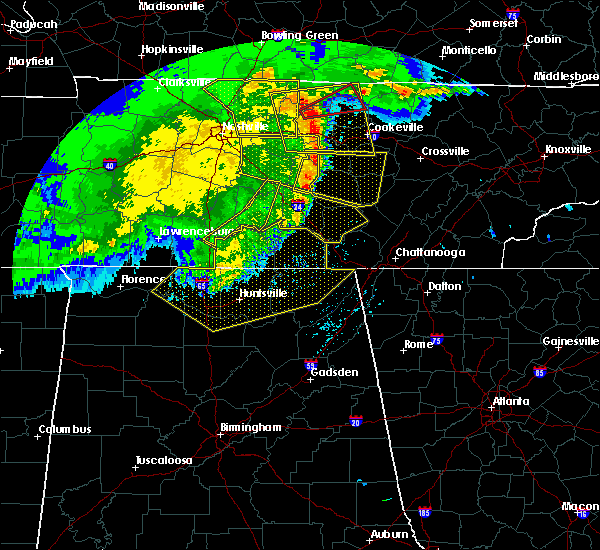Radar Image for Severe Thunderstorms near Tullahoma, TN at 5/3/2020 5:26 PM CDT