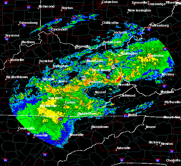 Radar Image for Severe Thunderstorms near McKee, KY at 5/3/2020 8:29 PM EDT