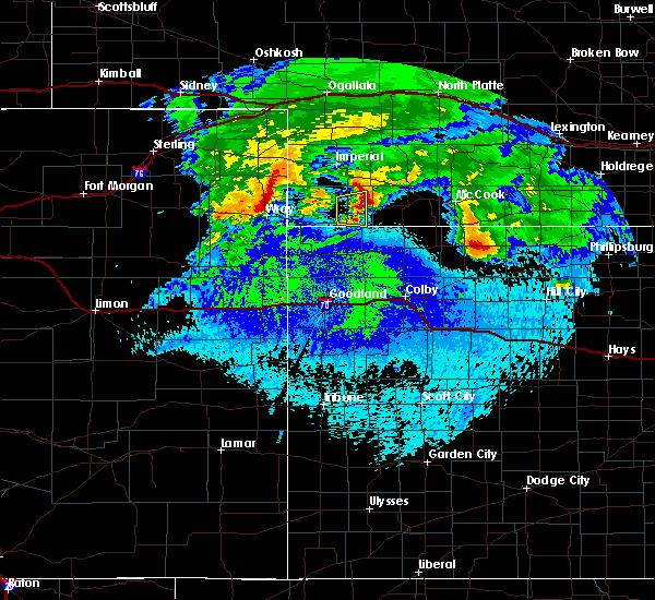 Radar Image for Severe Thunderstorms near Benkelman, NE at 5/4/2020 1:59 AM MDT