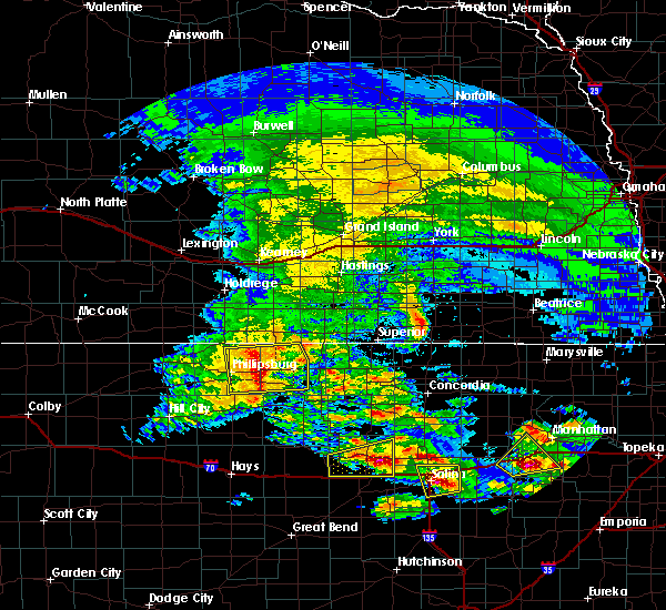 Radar Image for Severe Thunderstorms near Lincoln Center, KS at 5/4/2020 7:35 AM CDT