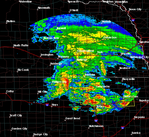 Radar Image for Severe Thunderstorms near Lincoln Center, KS at 5/4/2020 8:02 AM CDT