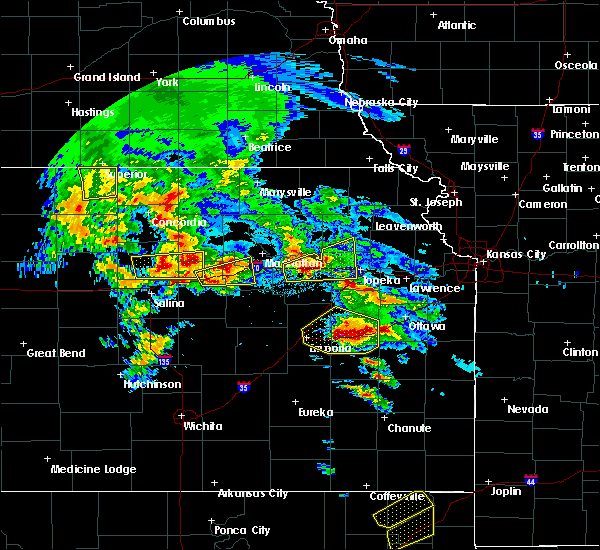 Radar Image for Severe Thunderstorms near Princeton, KS at 5/4/2020 8:44 AM CDT