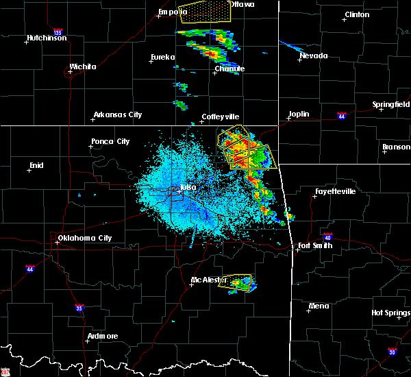 Radar Image for Severe Thunderstorms near White Oak, OK at 5/4/2020 8:47 AM CDT