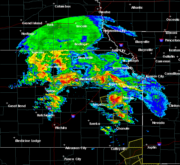 Radar Image for Severe Thunderstorms near Princeton, KS at 5/4/2020 9:10 AM CDT