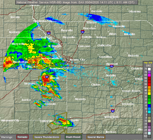 Radar Image for Severe Thunderstorms near Blue Mound, KS at 5/4/2020 9:15 AM CDT