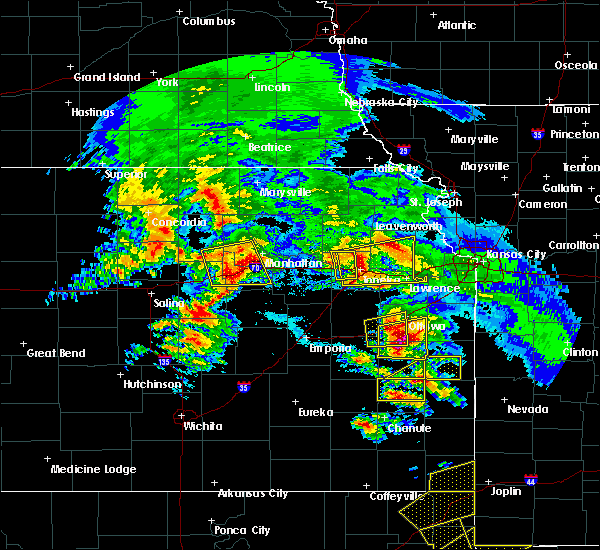 Radar Image for Severe Thunderstorms near Eskridge, KS at 5/4/2020 9:20 AM CDT