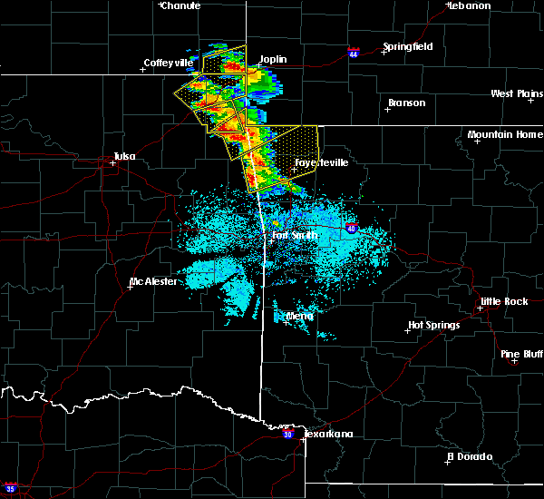 Radar Image for Severe Thunderstorms near Bethel Heights, AR at 5/4/2020 9:21 AM CDT