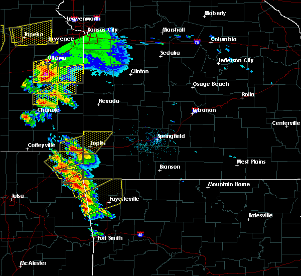 Radar Image for Severe Thunderstorms near Duenweg, MO at 5/4/2020 9:24 AM CDT