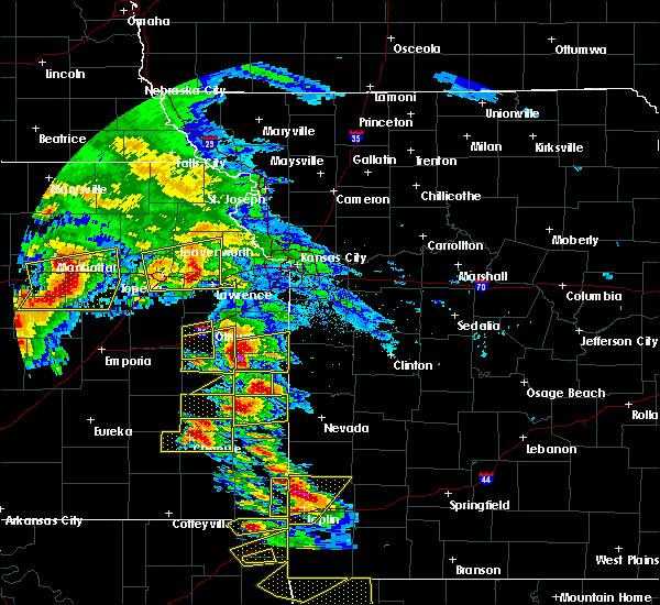 Radar Image for Severe Thunderstorms near Lone Elm, KS at 5/4/2020 9:42 AM CDT