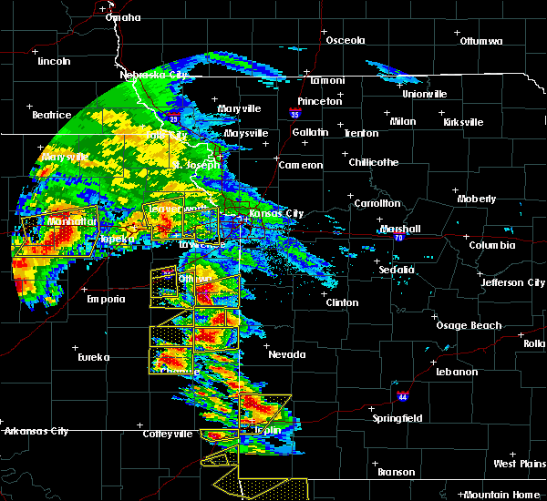 Radar Image for Severe Thunderstorms near Hume, MO at 5/4/2020 9:46 AM CDT