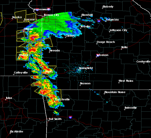 Radar Image for Severe Thunderstorms near Joplin, MO at 5/4/2020 9:46 AM CDT