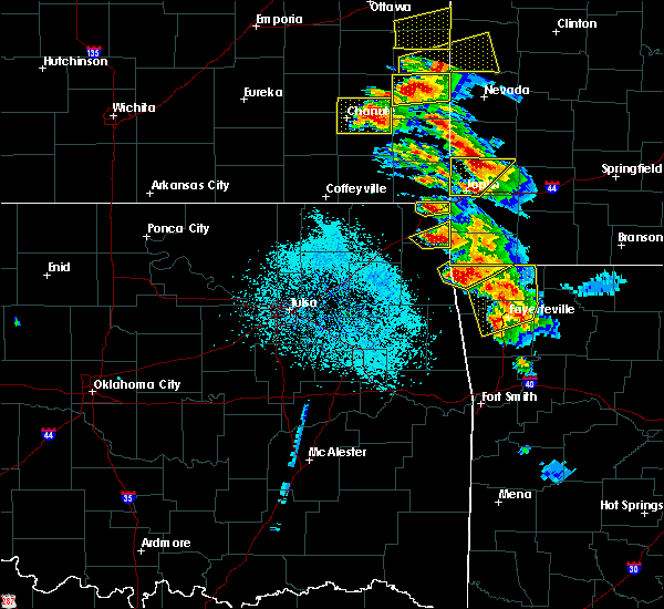 Radar Image for Severe Thunderstorms near Picher, OK at 5/4/2020 9:52 AM CDT
