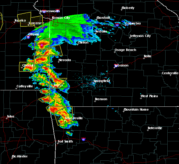 Radar Image for Severe Thunderstorms near Burgess, MO at 5/4/2020 9:56 AM CDT