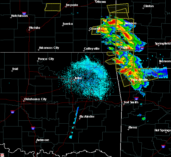 Radar Image for Severe Thunderstorms near Baxter Springs, KS at 5/4/2020 10:10 AM CDT