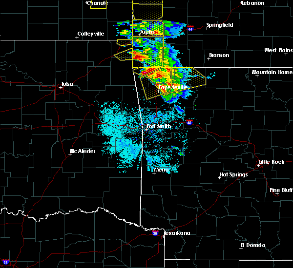 Radar Image for Severe Thunderstorms near Rogers, AR at 5/4/2020 10:12 AM CDT