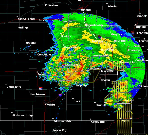 Radar Image for Severe Thunderstorms near Eskridge, KS at 5/4/2020 10:23 AM CDT