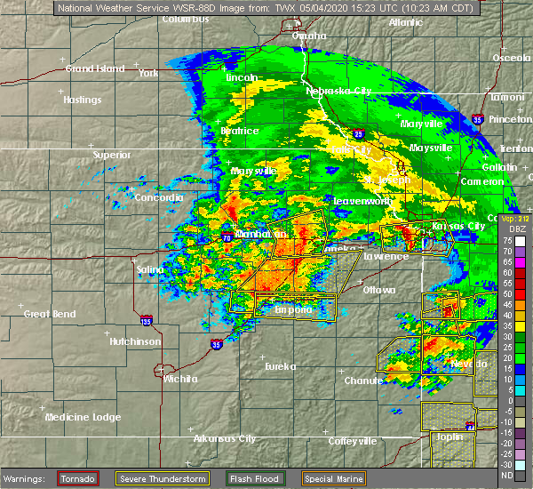 Radar Image for Severe Thunderstorms near Hoyt, KS at 5/4/2020 10:33 AM CDT