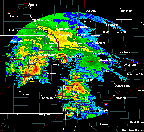 Radar Image for Severe Thunderstorms near Montrose, MO at 5/4/2020 10:45 AM CDT