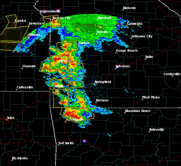Radar Image for Severe Thunderstorms near La Russell, MO at 5/4/2020 10:44 AM CDT