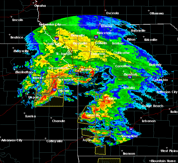 Radar Image for Severe Thunderstorms near Montrose, MO at 5/4/2020 11:13 AM CDT